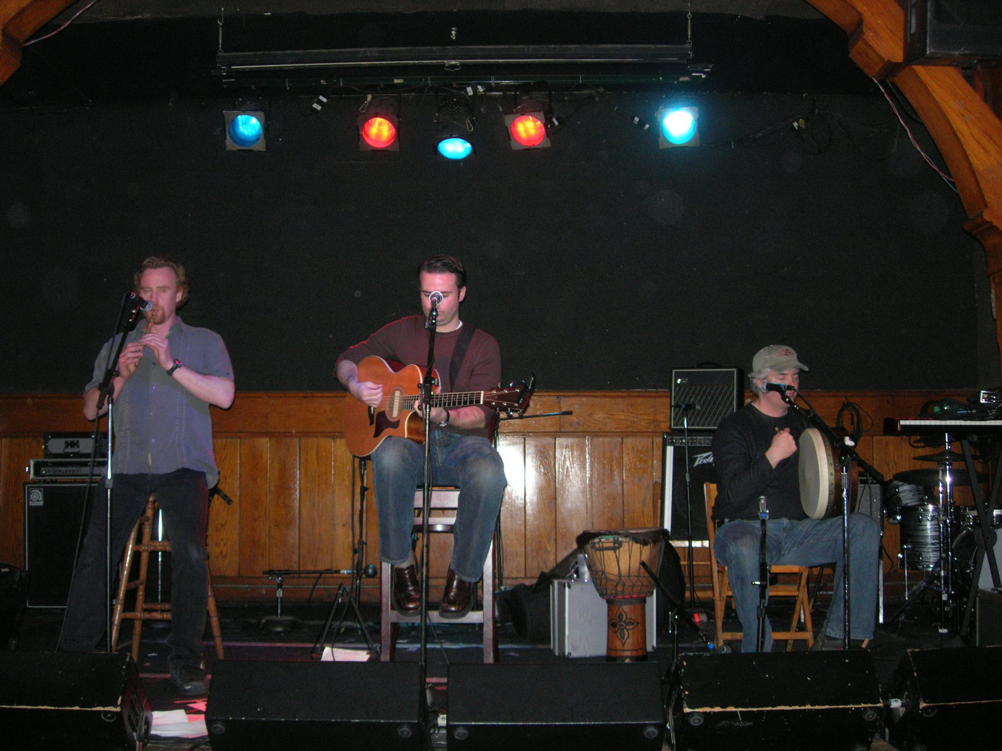 The Boils performing